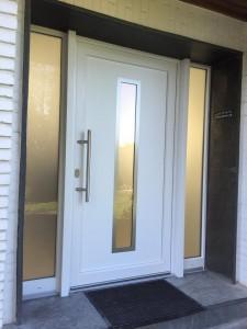 Haustür aus Kunststoff weiß